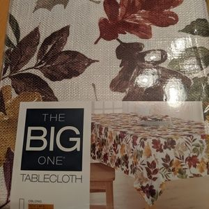 Fall leaves fabric tablecloth